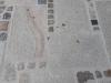 """VARIANTE NR. 2 - NEU MITTELKORN - """"Antikplatten"""", """"Gredplatten"""", """"Krustenplatten"""", veraltete Platten (NUR BEISPIEL - AUF DEM FOTO ALS TROCKEN), Platten nicht nur für den Garten- und Landschaftsbau, Gehwegplatten, Abdeckplatten, Polygonalplatten, Terrassenplatten, rustikale Platten, frostbeständiger Granit aus Polen, Unikat aus Naturstein- Foto von unseren Kunden"""