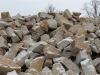 Unregelmäßige Mauersteine aus Sandstein / Naturstein-Mauer / Sandstein-Mauer (Sandstein-Mauersteine), die von unserer Kundschaft auch für ein Zyklopenmauerwerk bestellt werden (Sandstein aus Polen), Mauersteine für eine Natursteinmauer, Polensandstein / Wasserbausteine