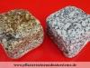 """Granit-Pflastersteine GRAU-GELB - """"Herbstlaub"""", Granit-Würfel, Natursteinpflaster, allseitig gespalten und zusätzlich getrommelt (Antik Pflastersteine, Antikpflaster, getrommelte Pflastersteine), grau-gelb und grau, Mittelkorn, nass (Pflastersteine aus polnischem Granit... Natursteine aus Polen), Pflastersteine aus Polen, Pflastersteine aus Schweden, Naturstein aus Polen, preisgünstige Pflastersteine, preisgünstige Natursteine aus Polen."""
