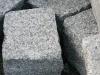 Granit-Pflastersteine, Granit-Würfel, Natursteinpflaster, Polengranit (grau, mittelkörnig, alle Seiten gespalten), Naturstein aus Polen, Pflastersteine aus Polen, Pflastersteine aus Schweden, Naturstein aus Polen, preisgünstige Pflastersteine, preisgünstige Natursteine aus Polen.