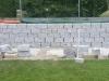Granit-Mauersteine / Naturstein-Mauer / Granit-Mauer, grau, Mittelkorn, gesägt-gespalten (Granit-Mauersteine aus Polen)