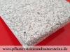 """Granit-Antikplatten, Speziell, veraltete """"Antik-Platten"""" aus Granit grau, Mittelkorn - die obere Fläche und Kanten geflammt (trocken)"""