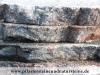 Platten aus Feldsteinen, rustikale, bunte Platten aus Natursteinen, Gredplatten aus Feldsteinen, Krustenplatten aus Feldsteinen, Gartenplatten, Naturstein-Platten aus Polen, Platten für den Garten- und Landschaftsbau, Gehwegplatten aus Feldsteinen, Abdeckplatten aus Feldsteinen, Polygonalplatten aus Feldsteinen, Terrassenplatten aus Feldsteinen, unterschiedliche Farben und Formate, Feldsteine aus Polen