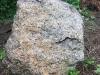 Steine Nr. 4 - Farbe / violet-rosa (gespalten), Maße: ca. 260x130x90x60 cm, Gewicht - ca. 8 Tonnen /Stck.