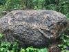 Steine Nr. 5 - Dunkel (eine schwerdiefinierte Farbe), Maße: ca. 230x250x125 cm, Gewicht - ca. 16 Tonnen /Stck.
