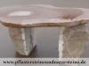 Natursteintisch/ Feldsteintisch, Tisch aus Feldsteinen, Das ist nur ein Beispiel. Naturprodukt, Unikat; Es kann sein, dass dieses Sortiment verkauft worden ist. , Gartenmöbel und Wohnmöbel aus polnischen Feldsteinen; rustikale oder moderne und bunte Möbel aus Natursteinen, Naturstein-Möbel aus Polen, Möbel für den Garten und das Haus, unterschiedliche Größen, Farben und Formen, Feldsteine aus Polen, Natursteine aus Polen