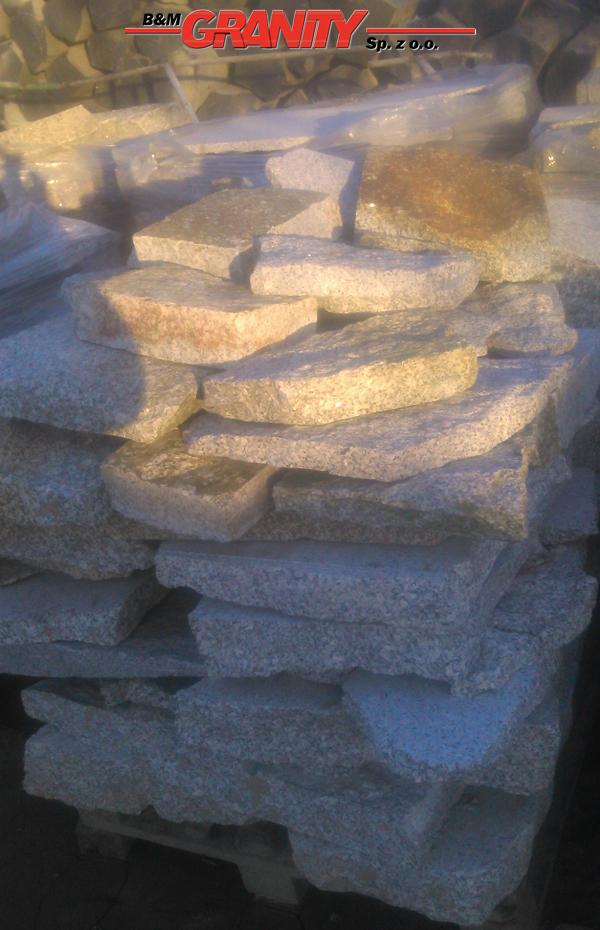 Polygonalplatten aus Granit - Variante B